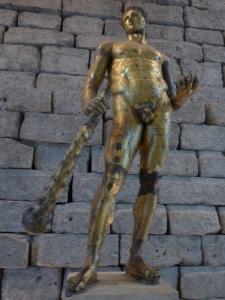 Ercole gigante, foto di Francesco Aronne