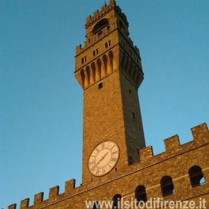 luzi Palazzo-Vecchio-Torre-Arnolfo-du70_1