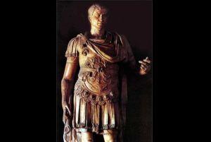 statua di giulio-cesare