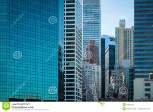 grattacieli-di-vetro-riflettenti-manhattan-new-york.