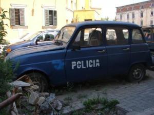 Macchina della Polizia di Tirana