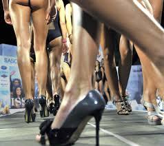 le gambe in fila