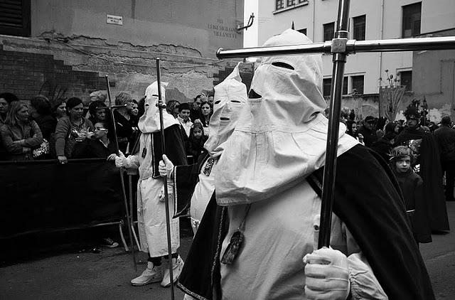 stecher il venerdì santo a Palermo gli incappucciati