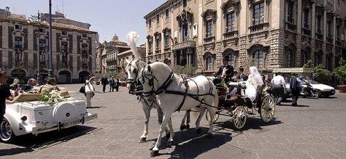 città gli sposi a Catania
