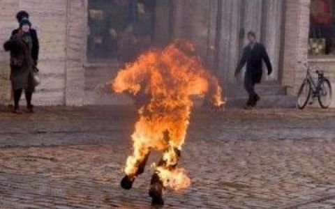 Ian Palach si dà fuoco Primavera di Praga