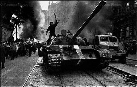 Primavera-di-Praga carri armati russi