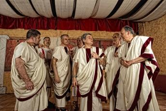 Gruppo-Storico-romano-Senatori in disputa