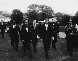 Léopold Sédar Senghor all'arrivo alla White House
