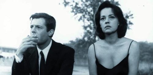 fotogramma di un film di Antonioni