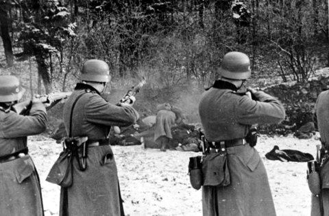 Polonia Esecuzione di 56 civili polacchi a Bochnia durante l'occupazione della Germania nazista della Polonia; 18 December 1939