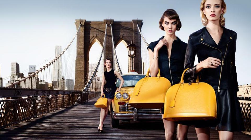 foto ipermoderno Il ponte di Brooklyn a New York Louis Vuitton