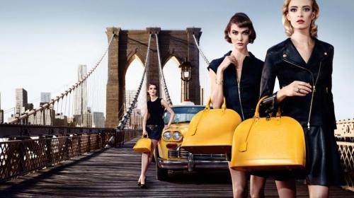 foto ipermoderno Il ponte di Brooklyn a New York Louis Vuitton