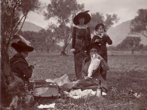 lucio piccolo picnic di famiglia