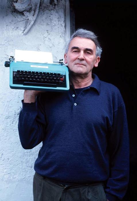 Strega: Zeichen, poeta stregato in corsa con La Sumera