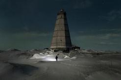 Evgenia Arbugaeva Weather_man_02-1