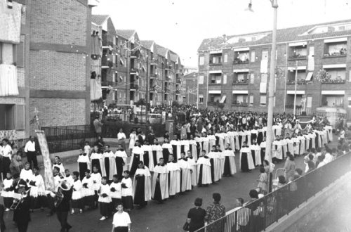 torre-spaccata-processione