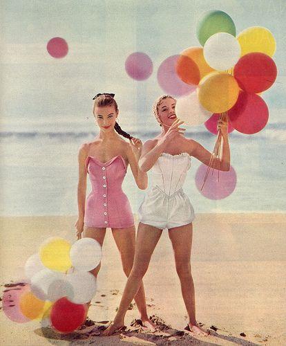 gif-ragazze-con-palloncini