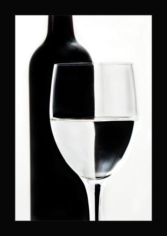 Foto bicchiere in bianco e nero