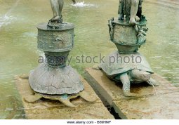 Ivan Theimer turtle-sculptures-in-arion-fountain