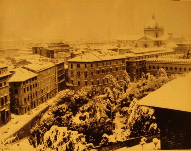 Roma 1965-Campidoglio-Piazza-dellAra-Coeli-Neve-a-Roma-9-febbraio-