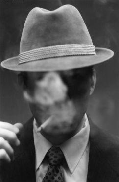Foto man who wear hat