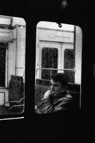 Foto waiting you in train