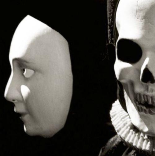Foto Death Mask by Jason Langer