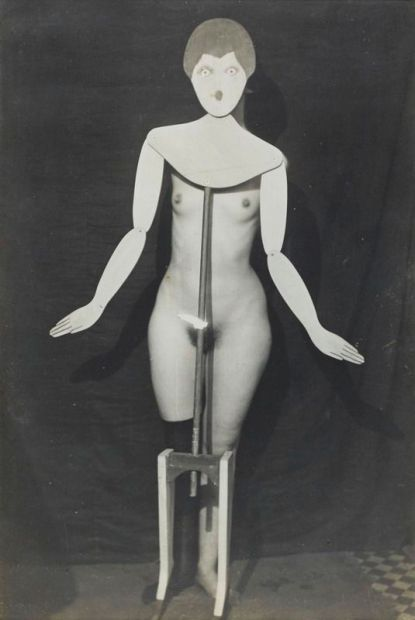 Foto Man Ray nudo