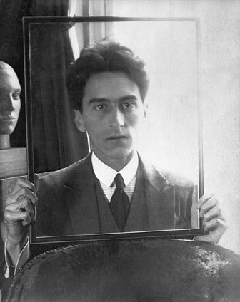 Foto Man Ray, Portrait of Jean Cocteau, 1922