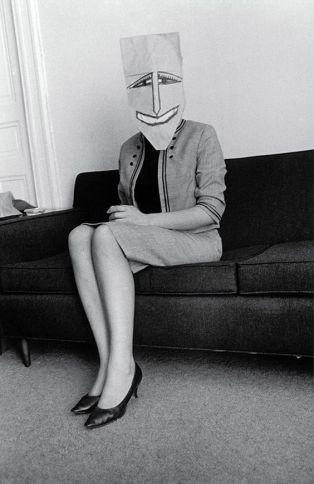 Foto Saul Steinberg Masquerade