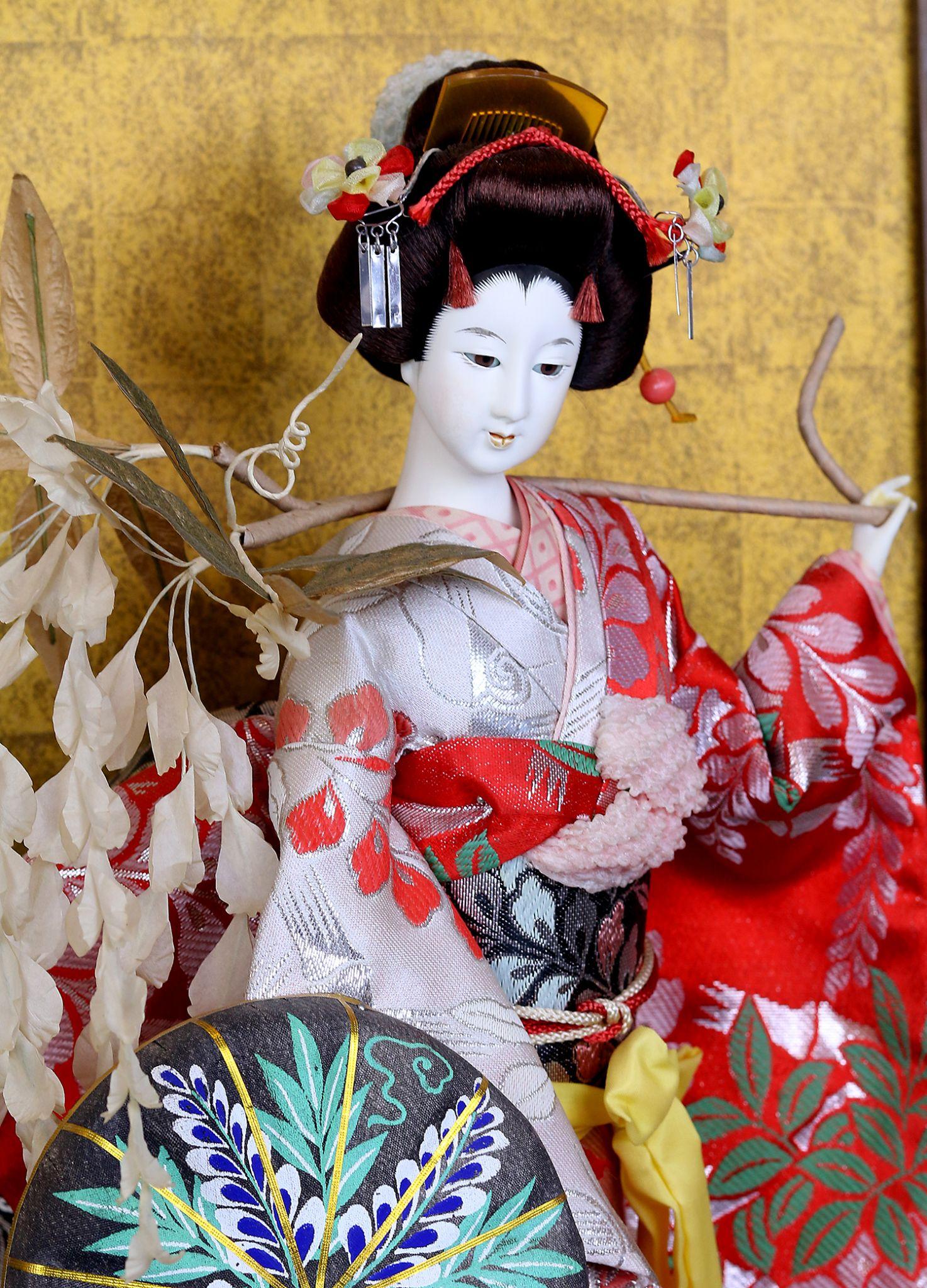 giappone-geisha-in-glass
