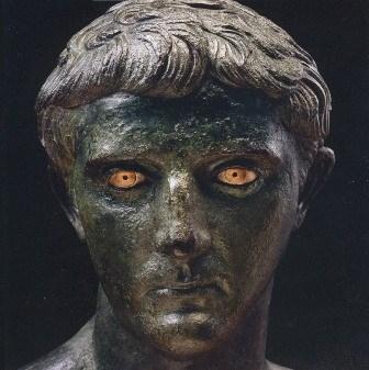 Foto Statua volto romano
