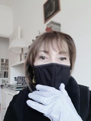 Marie Laure Colasson maschera nera