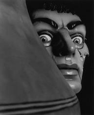 foto spavento Il momento dello sbalordimento e del terrore è il momento in cui l'homo sapiens si accorge di avere un linguaggio.